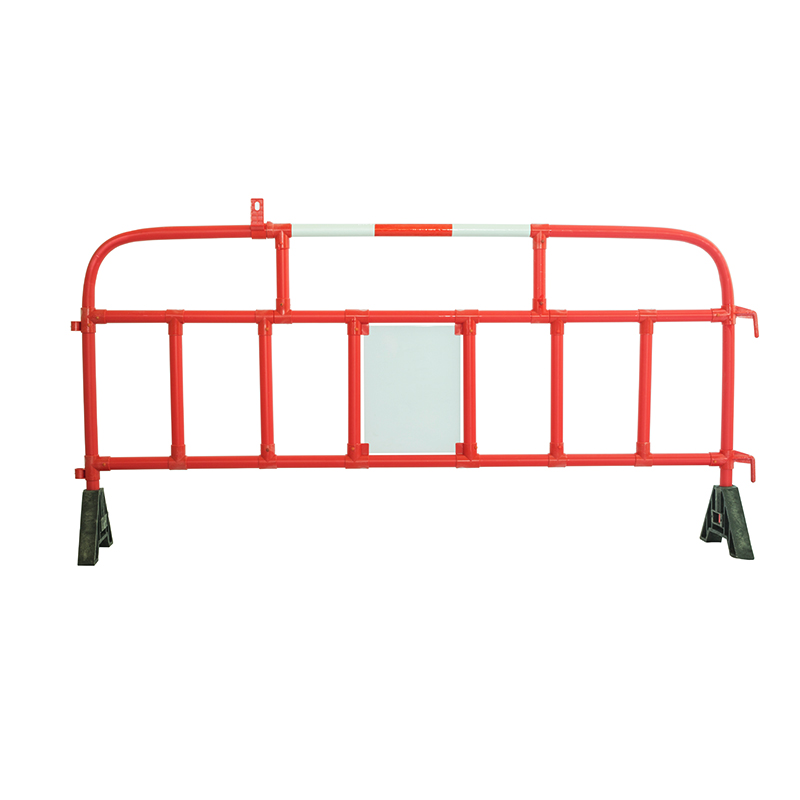 plastic pedestrian protection barriers two size option crowd control barriers for sale